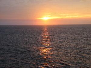 日本海の日の出