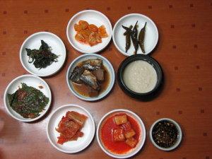 豆腐チゲの朝食