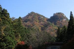 中国百名山 玉峰山