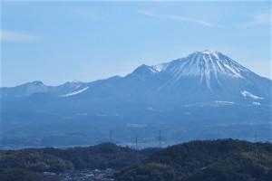 米子城址より見える中国百名山